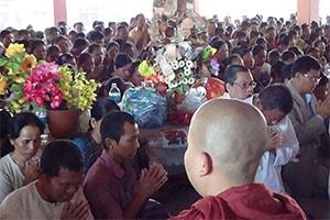 Kathina Chivara Dana Festival